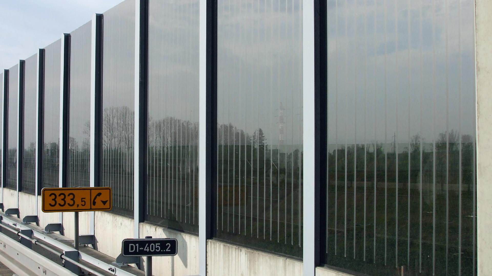 broušení pruhů, transparentní panel, dálnice